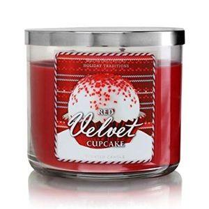 BthBdyWks Red Velvet Cupcake 3-Wick Scented Candle
